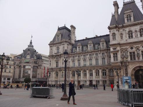 Another angle of l'Hôtel de Ville