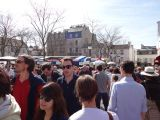 Crowds flock to Montmartre