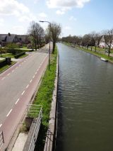 Canals of Utrecht. Note the dedicated bicycle lanes