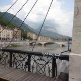 Grenoble along l'Isère