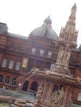 Doulton Fountain in front of the People's Palace