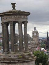 Dugal Steward Monument with Edinburgh in the background